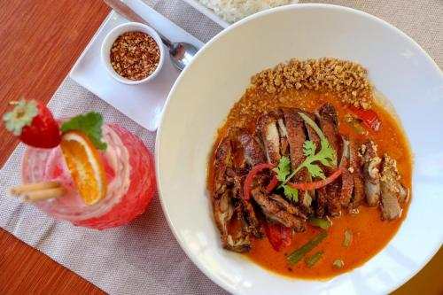red-thai-curry-with-duck_opt